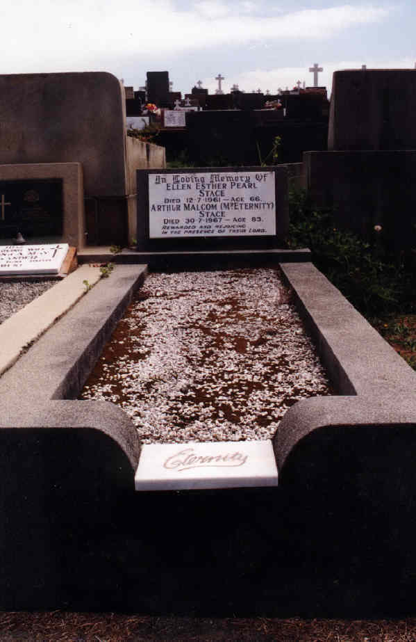 The bodily resting place of Mr & Mrs Arthur Stace